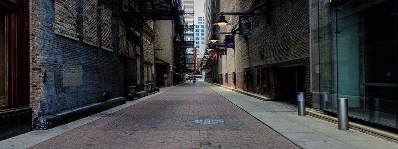 21647401 - alley dark in usa