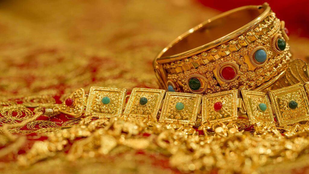宝石にも相続税がかかる! 宝石を相続したときの評価方法とは?